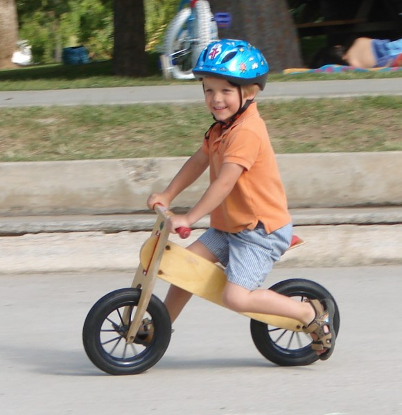 Kids_balance_bike_(Kinderlaufrad)