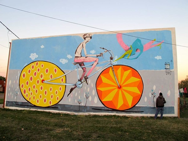 Bicycle-Street-Art-by-Mart-00