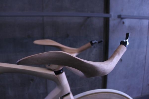 Yojiro-Oshima-wood-bike-handlebar