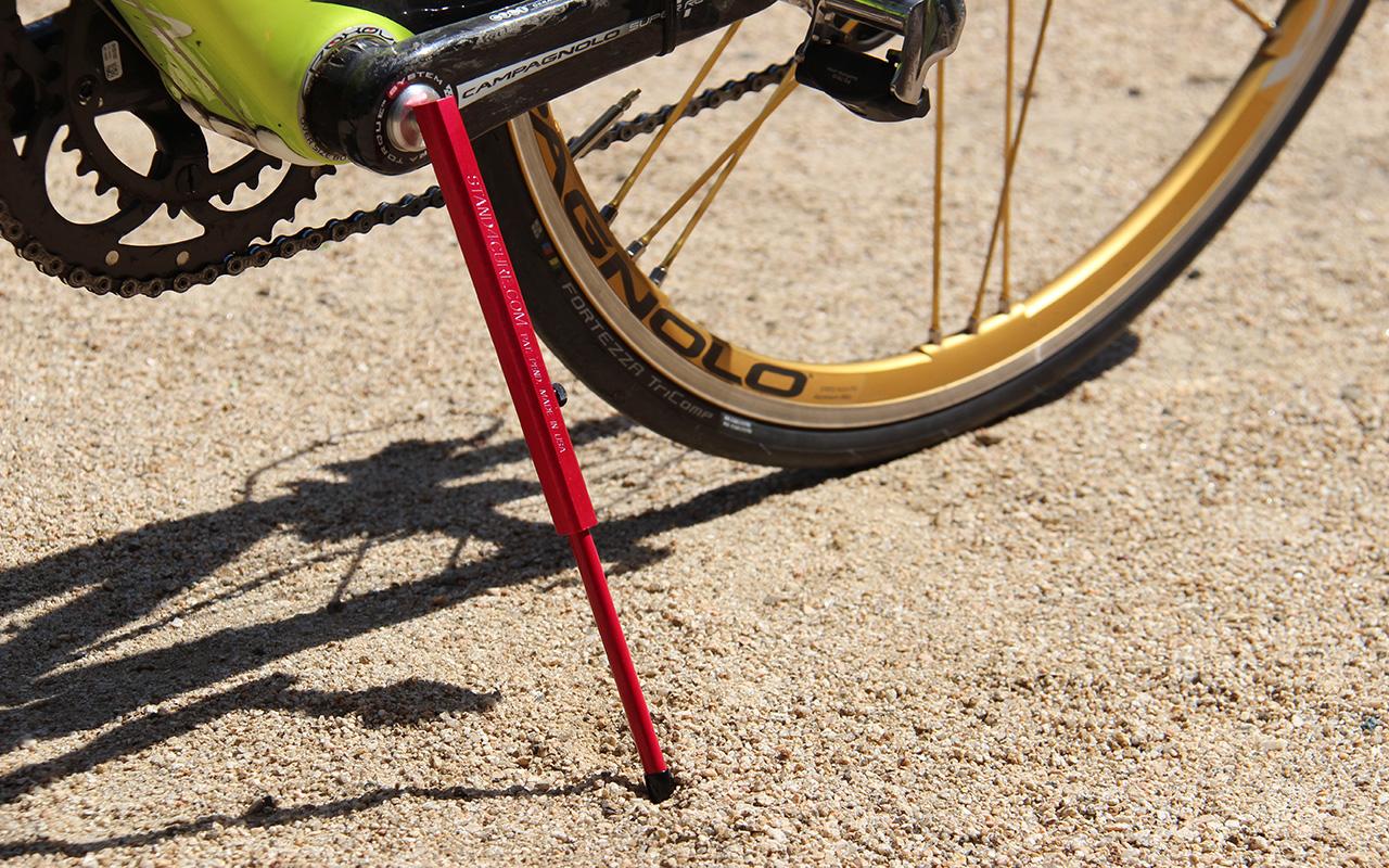 自転車の 自転車 ロードバイク スタンド : なロードバイク用携帯スタンド ...