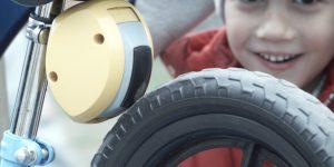 子供用自転車に安全をプラスするリモートブレーキ「MiniBrake」
